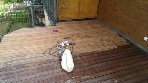 ihr handwerker in berlin terrassen holzboden holzdielen abschleifen und neu len. Black Bedroom Furniture Sets. Home Design Ideas