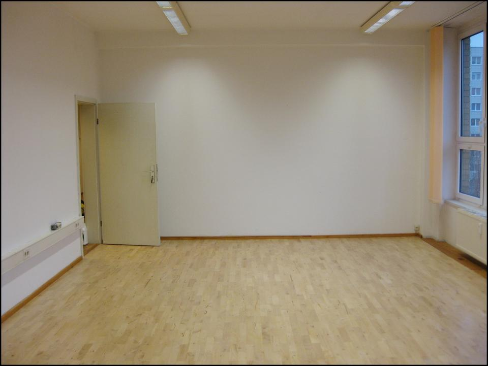 ihr handwerker in berlin parkettboden abschleifen und lackieren berlin. Black Bedroom Furniture Sets. Home Design Ideas